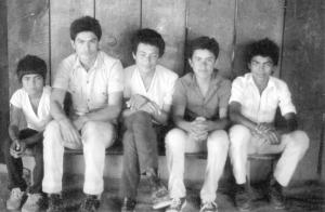 jóvenes salvadoreños refugiados en Mesa Grande